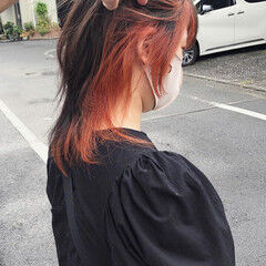 ミディアム インナーカラー ストリート ブリーチカラー ヘアスタイルや髪型の写真・画像