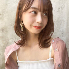 ミディアム 毛先パーマ 韓国ヘア ヘアアレンジ ヘアスタイルや髪型の写真・画像