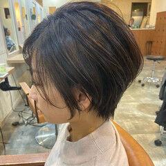ショート女子 ショートボブ ナチュラル ショートヘア ヘアスタイルや髪型の写真・画像
