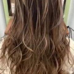 インナーカラー エレガント グラデーション メッシュ ヘアスタイルや髪型の写真・画像