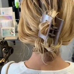 簡単ヘアアレンジ セミロング フェミニン お呼ばれヘア ヘアスタイルや髪型の写真・画像