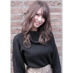 ダブルカラー アッシュベージュ ハイトーンカラー 透明感カラー ヘアスタイルや髪型の写真・画像