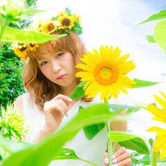 ウェーブ 愛され ヘアアレンジ 花 ヘアスタイルや髪型の写真・画像