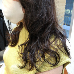 ミディアム デジタルパーマ ゆるふわパーマ おしゃれ ヘアスタイルや髪型の写真・画像