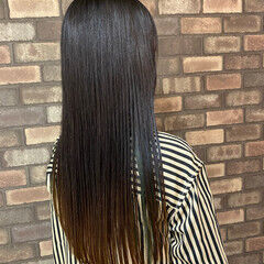 ナチュラル 梅雨 縮毛矯正 ストレート ヘアスタイルや髪型の写真・画像