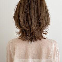 ミディアム アッシュグレージュ デジタルパーマ モテ髪 ヘアスタイルや髪型の写真・画像