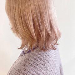 オレンジベージュ フェミニン ブリーチ必須 透明感カラー ヘアスタイルや髪型の写真・画像