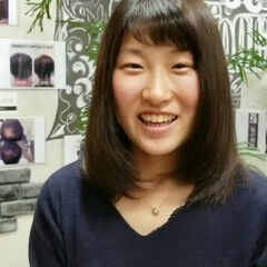 ナチュラル トリートメント 髪質改善 セミロング ヘアスタイルや髪型の写真・画像