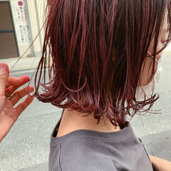 秋 ボブ 切りっぱなしボブ 赤髪 ヘアスタイルや髪型の写真・画像