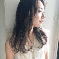 ナチュラル レイヤースタイル ゆるふわ おフェロ ヘアスタイルや髪型の写真・画像