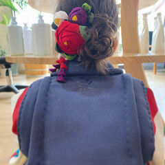 ミディアム 簡単ヘアアレンジ フェミニン セルフヘアアレンジ ヘアスタイルや髪型の写真・画像