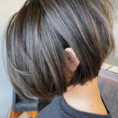 モテボブ バレイヤージュ エアータッチ ボブ ヘアスタイルや髪型の写真・画像