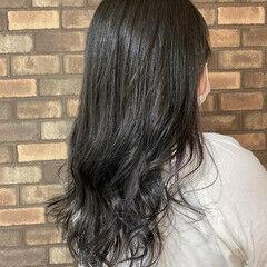 ラベンダーグレージュ イルミナカラー ロング スロウ ヘアスタイルや髪型の写真・画像