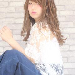 小顔 アンニュイ かわいい ニュアンス ヘアスタイルや髪型の写真・画像