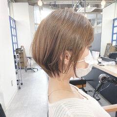コンサバ 大人ショート ショートヘア 横顔美人 ヘアスタイルや髪型の写真・画像