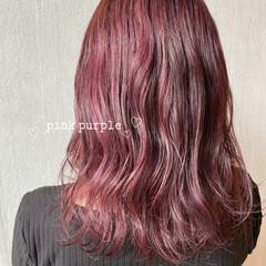 ピンクバイオレット ミディアム ラベンダーピンク ピンクパープル ヘアスタイルや髪型の写真・画像