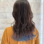 裾カラー 派手髪 ロング ブルー