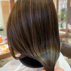 大人ハイライト ハイライト 極細ハイライト ロング ヘアスタイルや髪型の写真・画像