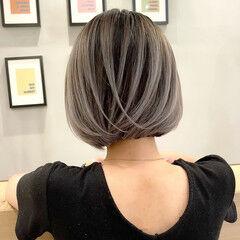 バレイヤージュ 切りっぱなしボブ アッシュ 外国人風カラー ヘアスタイルや髪型の写真・画像