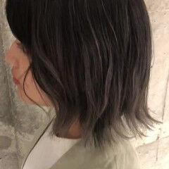シルバー ミニボブ バックコーミング ストリート ヘアスタイルや髪型の写真・画像