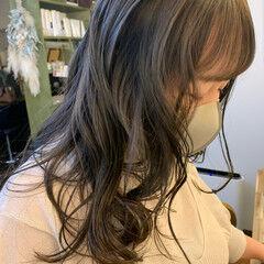 グレーアッシュ グレージュ オリーブアッシュ アッシュグレージュ ヘアスタイルや髪型の写真・画像