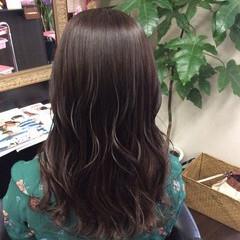 ラベンダーアッシュ ラベンダー ラベンダーグレー セミロング ヘアスタイルや髪型の写真・画像