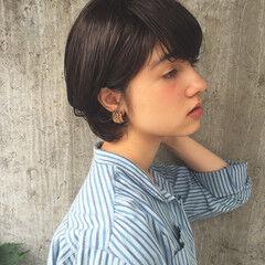 斜め前髪 黒髪 モード デート ヘアスタイルや髪型の写真・画像