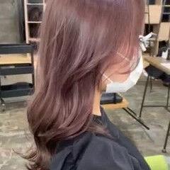 ロング 艶カラー フェミニン くすみカラー ヘアスタイルや髪型の写真・画像