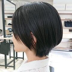 ショートヘア ハンサムショート 美シルエット ナチュラル ヘアスタイルや髪型の写真・画像