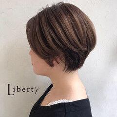ショートカット ショートボブ ナチュラル ショート ヘアスタイルや髪型の写真・画像