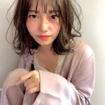 ミディアム 巻き動画 スタイリング動画 フェミニン