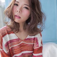 外ハネ ミディアム 大人女子 ヘアアレンジ ヘアスタイルや髪型の写真・画像