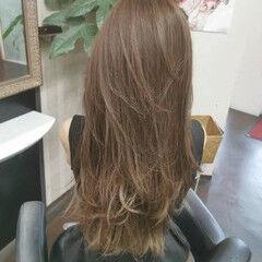 アッシュグレージュ ロング マットグレージュ マット ヘアスタイルや髪型の写真・画像