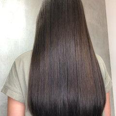 アッシュグレージュ アッシュグレー ロング ツヤ髪 ヘアスタイルや髪型の写真・画像