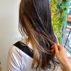 オリーブグレージュ アディクシーカラー ミルクティーベージュ ブラウンベージュ ヘアスタイルや髪型の写真・画像