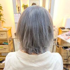 シルバーグレー ストリート シルバー ホワイトシルバー ヘアスタイルや髪型の写真・画像