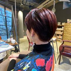 ショートヘア 赤髪 oggiotto ブリーチなし ヘアスタイルや髪型の写真・画像