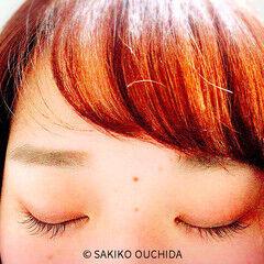 フリンジバング インナーカラー 前髪あり ツートン ヘアスタイルや髪型の写真・画像