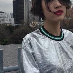 ストリート リップライン インナーカラー ハイライト ヘアスタイルや髪型の写真・画像