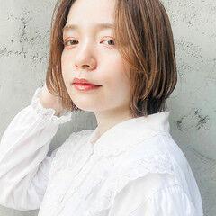 フェミニン ミディアム ウルフカット ミニボブ ヘアスタイルや髪型の写真・画像