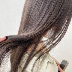 美髪 ナチュラル ロング スモーキーカラー ヘアスタイルや髪型の写真・画像