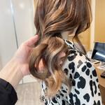ブリーチオンカラー インナーカラー ロング 艶髪