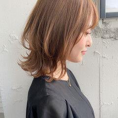 ボブ 外ハネボブ アンニュイほつれヘア フェミニン ヘアスタイルや髪型の写真・画像