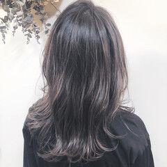大人女子 ラベンダーグレージュ 大人かわいい ナチュラル ヘアスタイルや髪型の写真・画像
