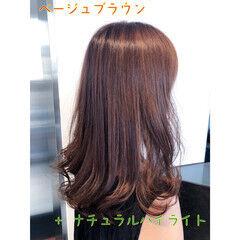 ナチュラル ナチュラルブラウンカラー ミルクティーブラウン ブラウンベージュ ヘアスタイルや髪型の写真・画像