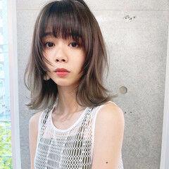 韓国風ヘアー くびれカール シースルーバング フェミニン ヘアスタイルや髪型の写真・画像