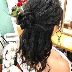 ハーフアップ ねじり ヘアアレンジ ヘアセット ヘアスタイルや髪型の写真・画像