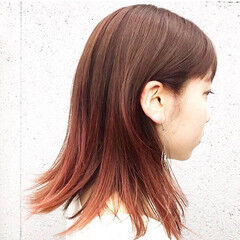 外ハネ グラデーションカラー ヘアカラー ナチュラル ヘアスタイルや髪型の写真・画像
