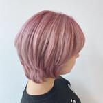 ミディアム ピンク ショートヘア フェミニン
