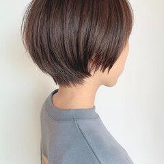 ショートヘア ナチュラル マッシュ マッシュショート ヘアスタイルや髪型の写真・画像